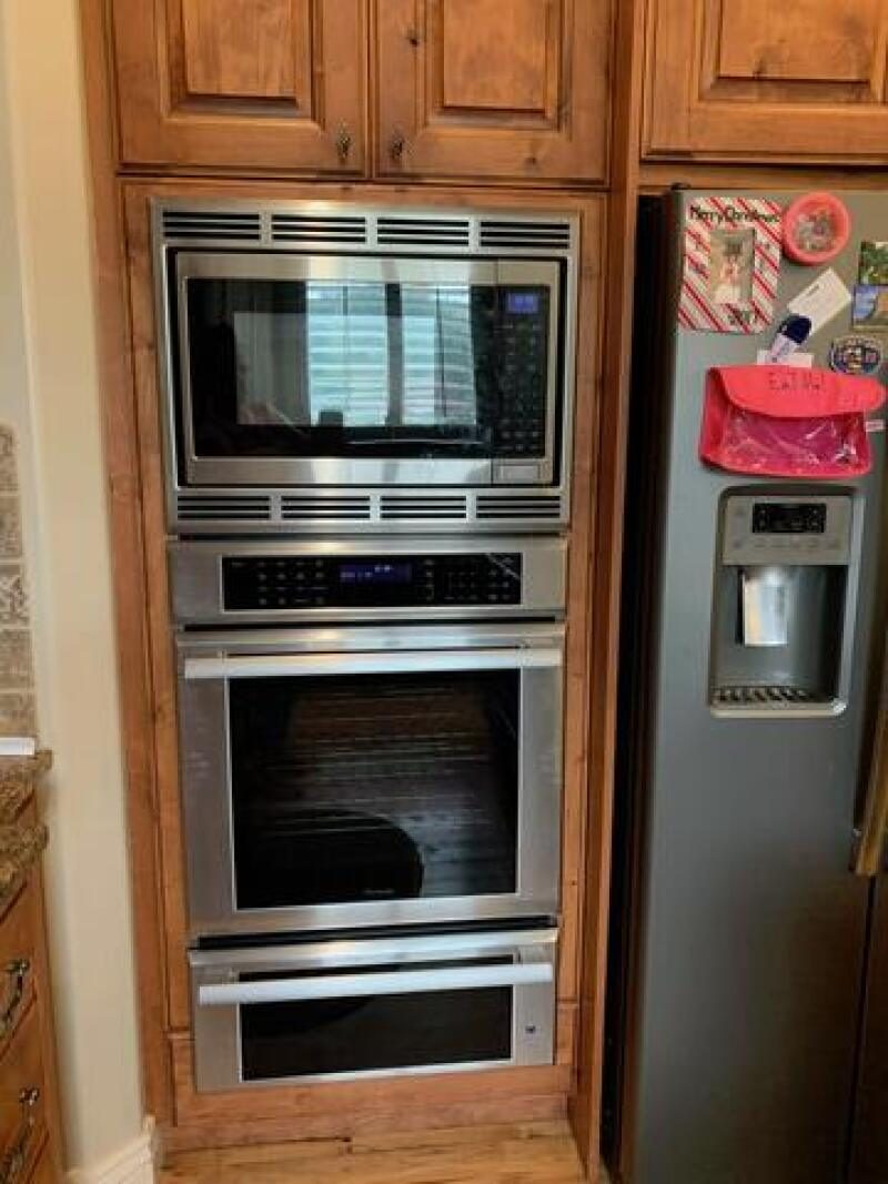The new wall oven.